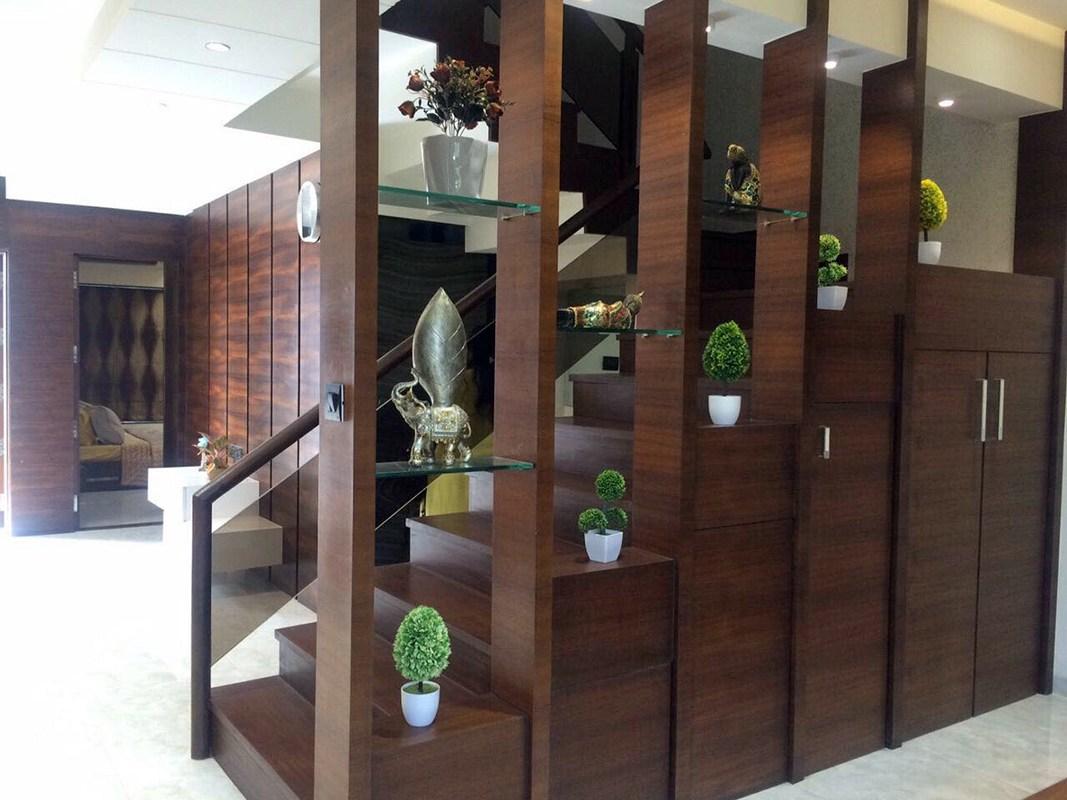 Wooden Stairway to the Beyond by Estudio RJ Indoor-spaces Modern | Interior Design Photos & Ideas