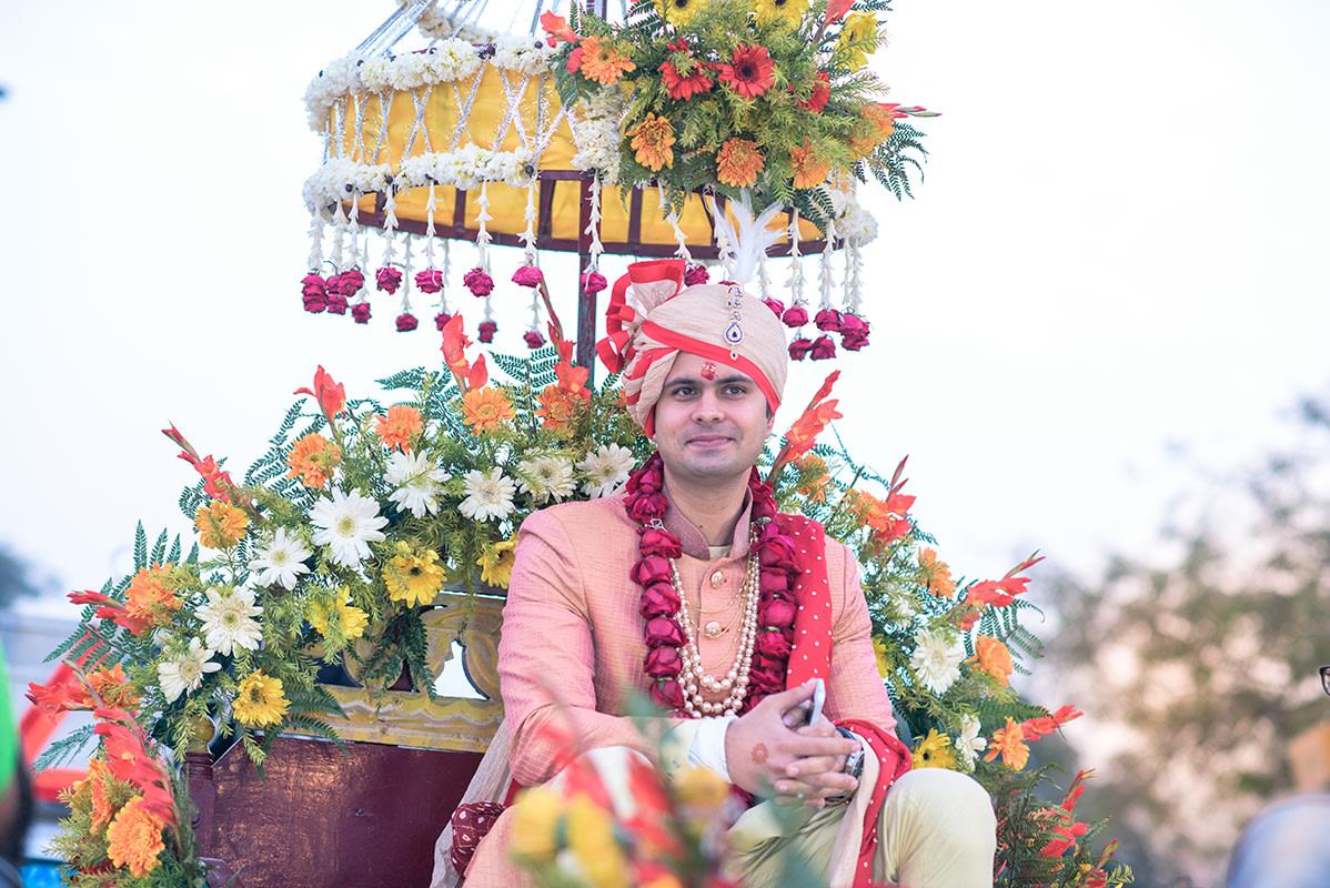 Royal comeliness! by POSPER FILMS Wedding-photography   Weddings Photos & Ideas