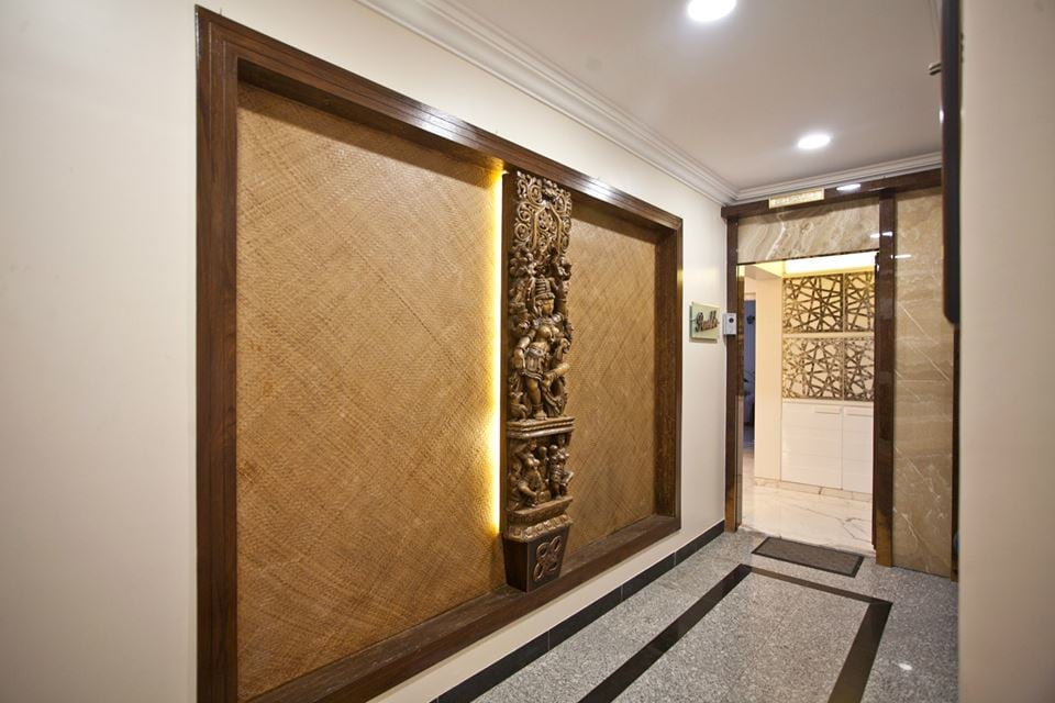 Hallway With Wall Art by Nikeeta Mehta Indoor-spaces Traditional | Interior Design Photos & Ideas