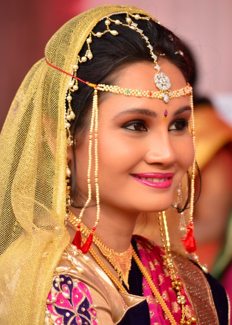 Soft glow by vivek mishra  Wedding-photography Bridal-jewellery-and-accessories Bridal-makeup | Weddings Photos & Ideas
