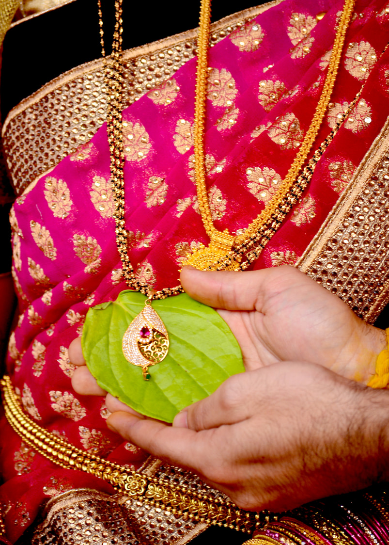 Mangalsutra by vivek mishra  Wedding-photography | Weddings Photos & Ideas