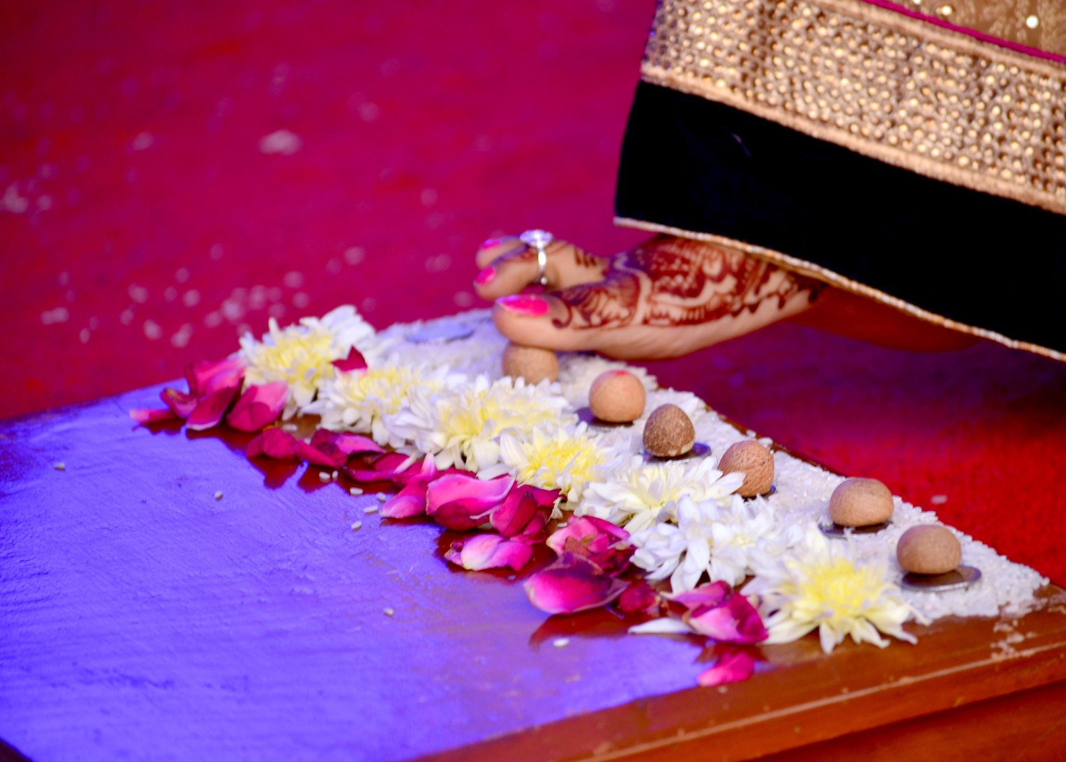 Special traditions by vivek mishra  Wedding-photography | Weddings Photos & Ideas