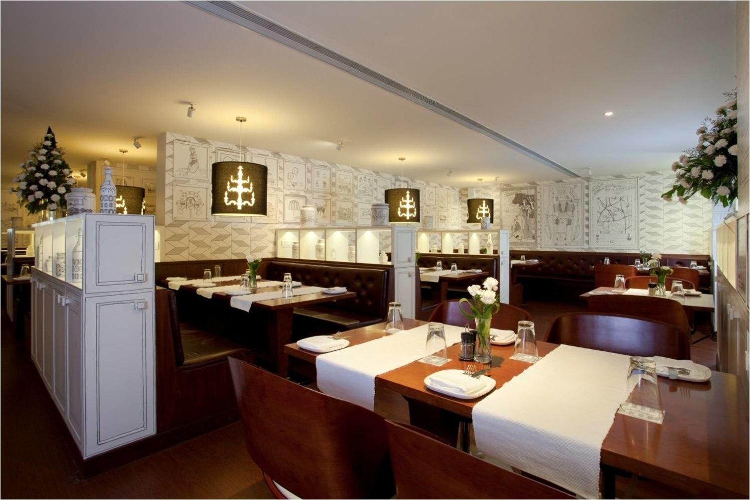 A modern restaurant! by Red Touch Interior & Retail Designers Modern | Interior Design Photos & Ideas