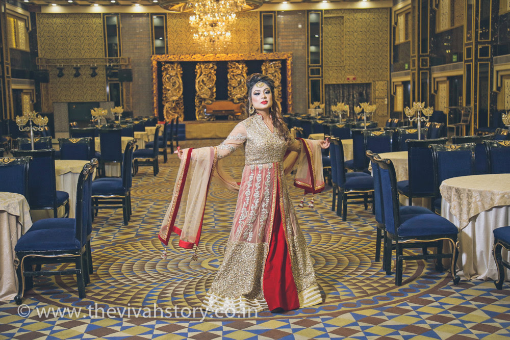 Red And Gold Embroidered Bridal Suit For Wedding Reception by Mohit Wedding-photography Wedding-dresses | Weddings Photos & Ideas