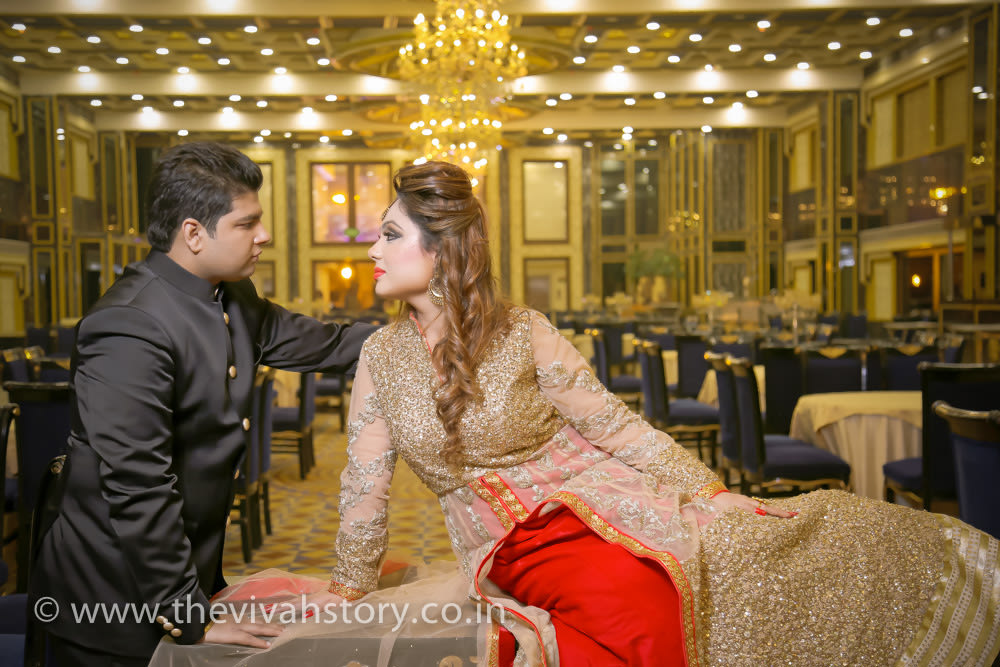 Pose Idea For The Couple by Mohit Wedding-photography | Weddings Photos & Ideas