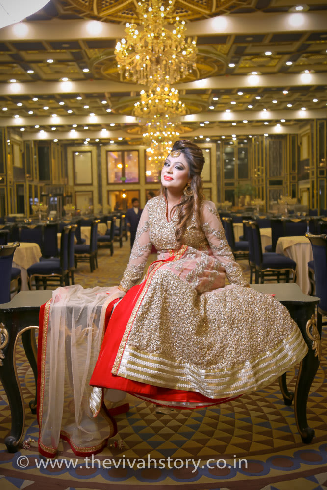 Shimmering Attire For The Bride by Mohit Wedding-photography Wedding-dresses   Weddings Photos & Ideas
