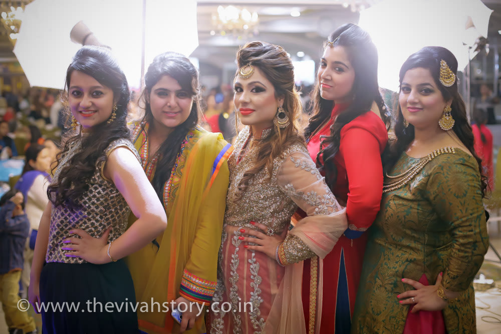 Bride-To-Be Beautiful Photoshoot With Friends by Mohit Wedding-photography Bridal-jewellery-and-accessories Bridal-makeup | Weddings Photos & Ideas