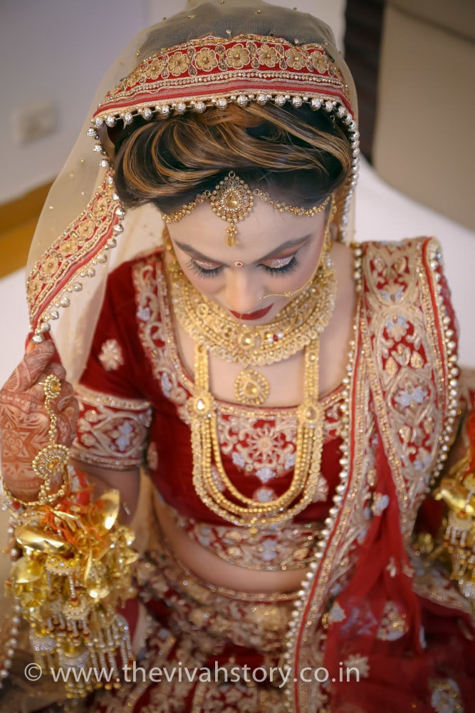 Stellar Gold Jewellery For The Bride by Mohit Wedding-photography Bridal-jewellery-and-accessories | Weddings Photos & Ideas
