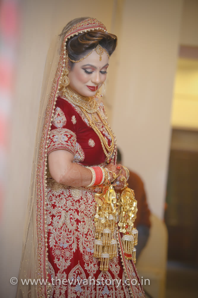 Wedding Day Portrait Of The Bride by Mohit Wedding-photography Bridal-jewellery-and-accessories | Weddings Photos & Ideas