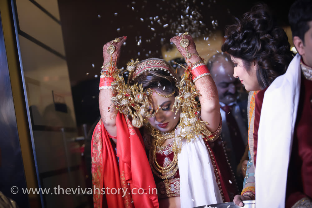 Candid Shot Of The Bride by Mohit Wedding-photography | Weddings Photos & Ideas