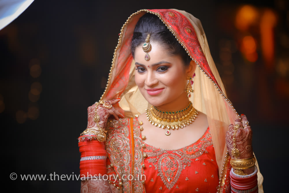 Traditional Wedding Day Jewellery For The bride by Mohit Wedding-photography Bridal-jewellery-and-accessories Bridal-makeup | Weddings Photos & Ideas