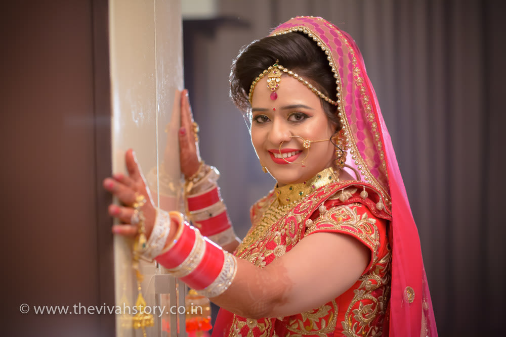 Stunning Makeup Of The Bride On Wedding Day by Mohit Wedding-photography Bridal-jewellery-and-accessories Bridal-makeup | Weddings Photos & Ideas