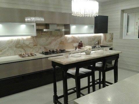 Small Dining Table by Saravanan Dining-room Contemporary | Interior Design Photos & Ideas