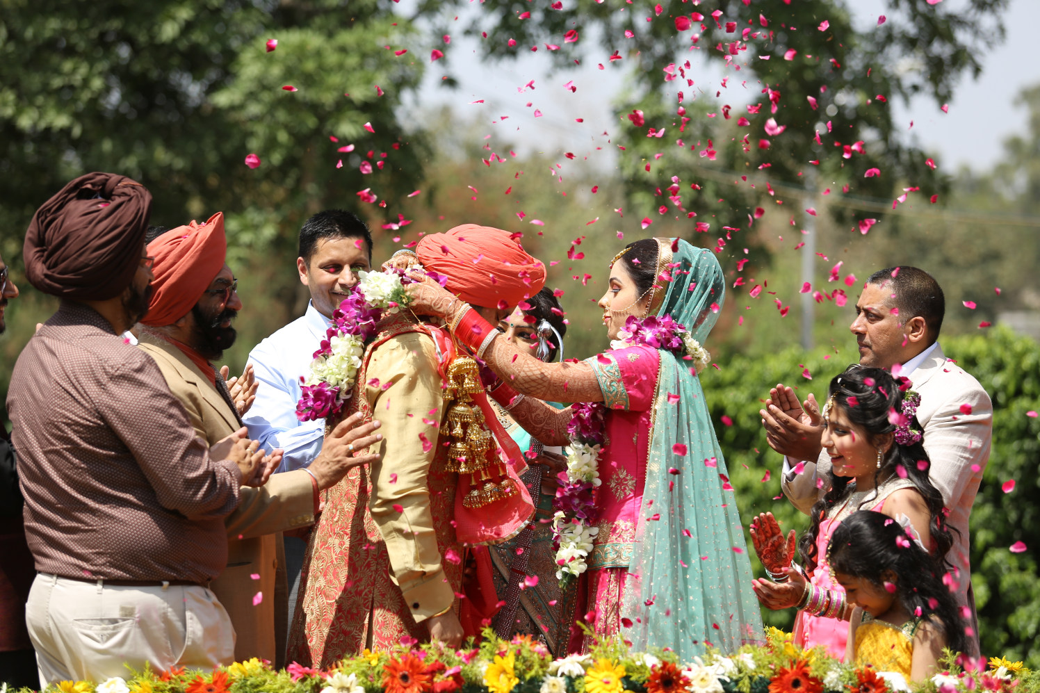 Celebratory Moment of the Jaimala Ceremony by Amit Kumar Wedding-photography | Weddings Photos & Ideas
