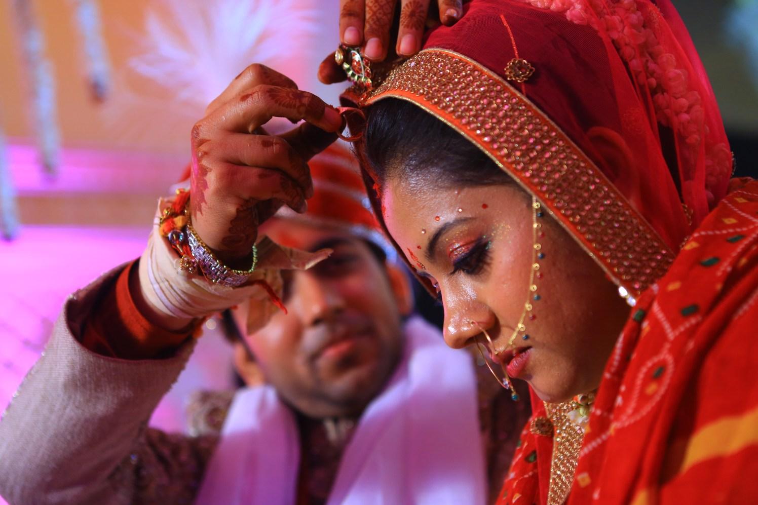 Sindoor Ritual by Amit Kumar Wedding-photography | Weddings Photos & Ideas