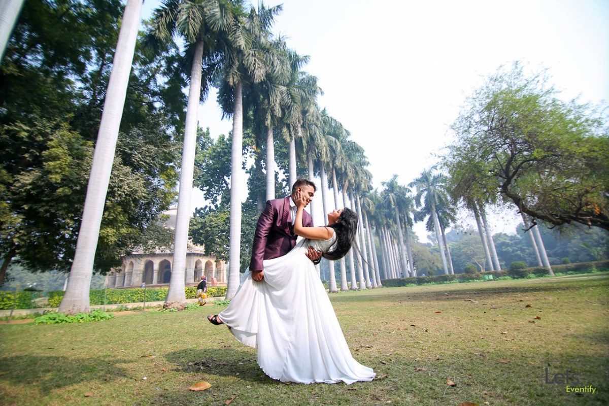 Perfect Pose by Let's Eventify Wedding-photography | Weddings Photos & Ideas