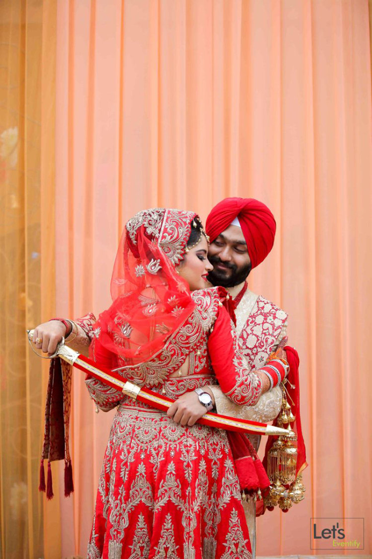 Punjabi Wedding by Let's Eventify Wedding-photography Bridal-jewellery-and-accessories Groom-wear-and-accessories | Weddings Photos & Ideas