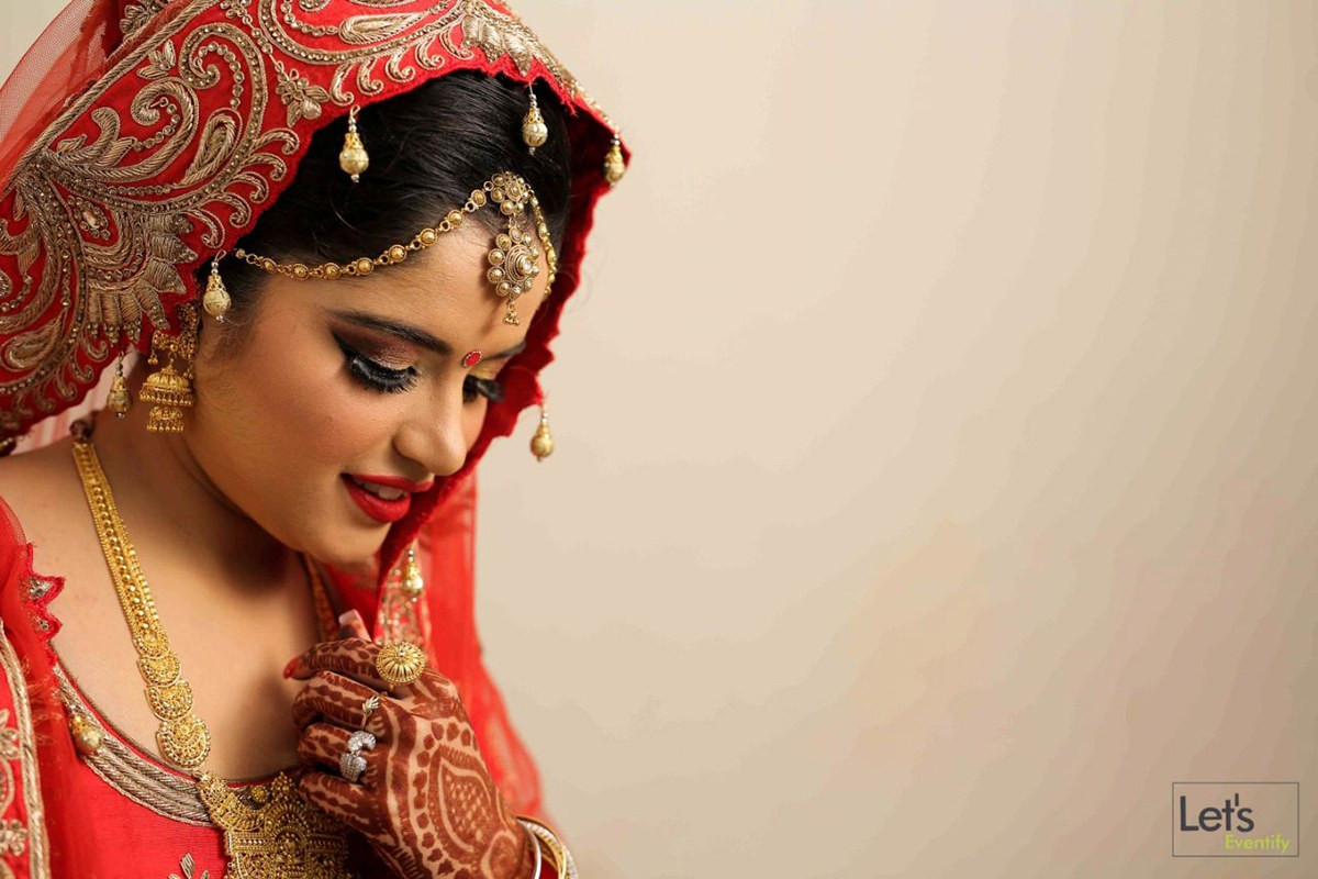 Mesmerising by Let's Eventify Wedding-photography Bridal-jewellery-and-accessories Bridal-makeup | Weddings Photos & Ideas