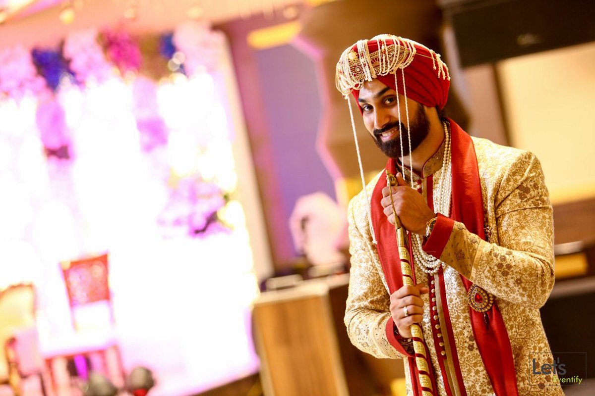 Dashing Punjabi Groom by Let's Eventify Wedding-photography Groom-wear-and-accessories | Weddings Photos & Ideas