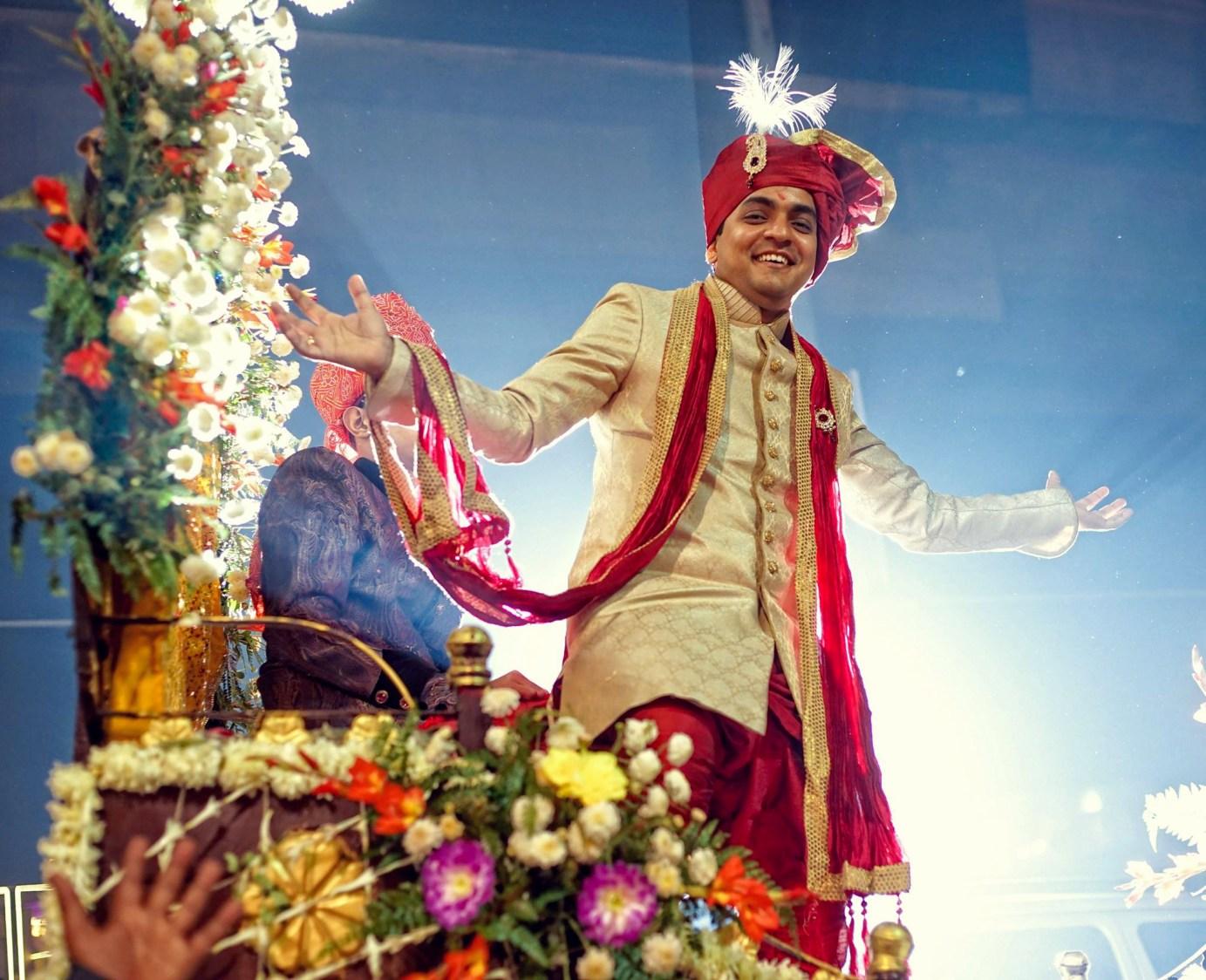 Splendacious Groom by Donil Arora Wedding-photography Groom-wear-and-accessories | Weddings Photos & Ideas