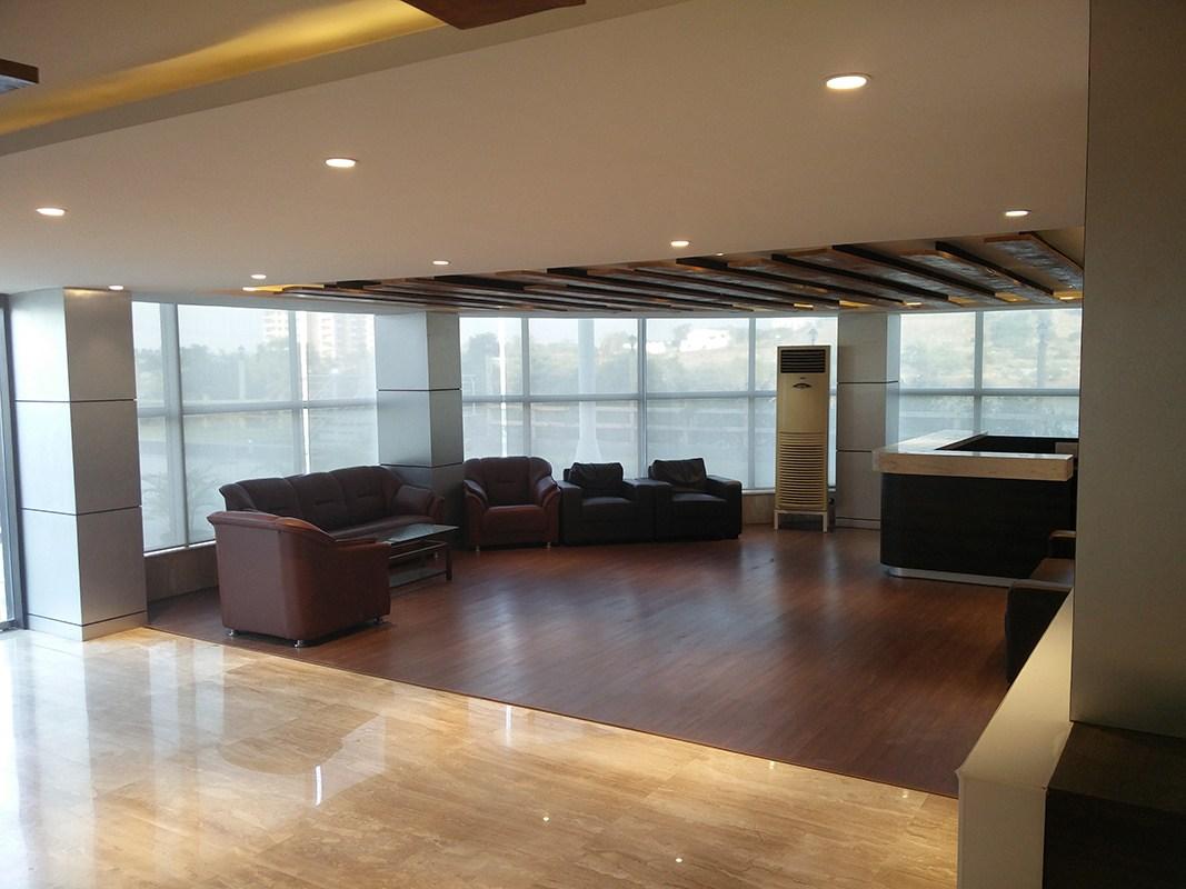 Waiting Area by Archana Thombre Modern | Interior Design Photos & Ideas