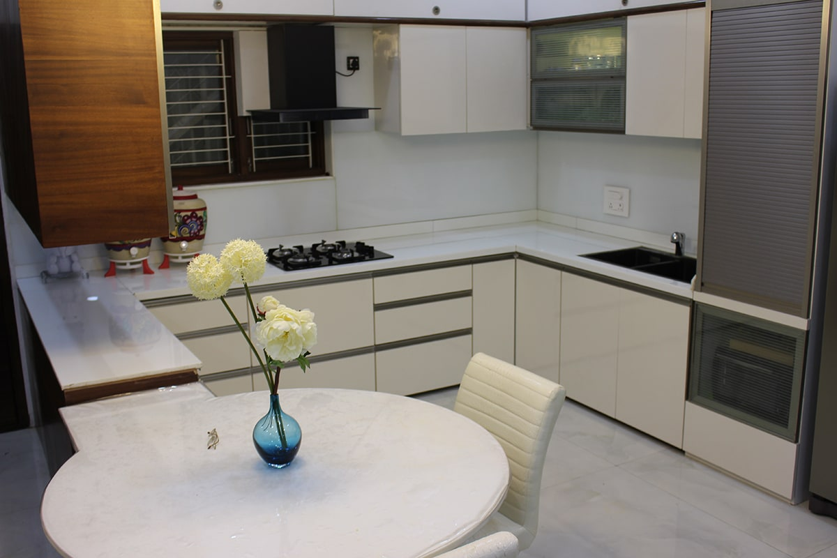 Sweet and Simple Kitchen by Madhura Pawar-Gujarathi Modern | Interior Design Photos & Ideas