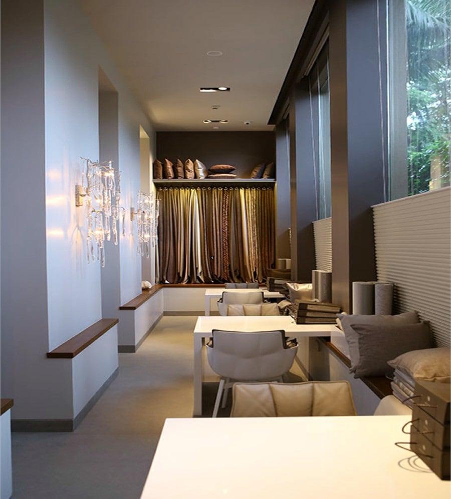 Luxurious Hall by Siraj Modern | Interior Design Photos & Ideas