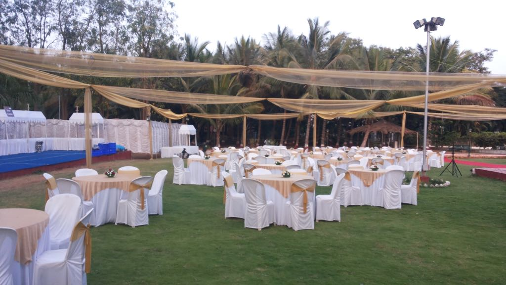 Outdoor Wedding In Garden Area by Syed Zabiulla Wedding-photography Wedding-decor | Weddings Photos & Ideas