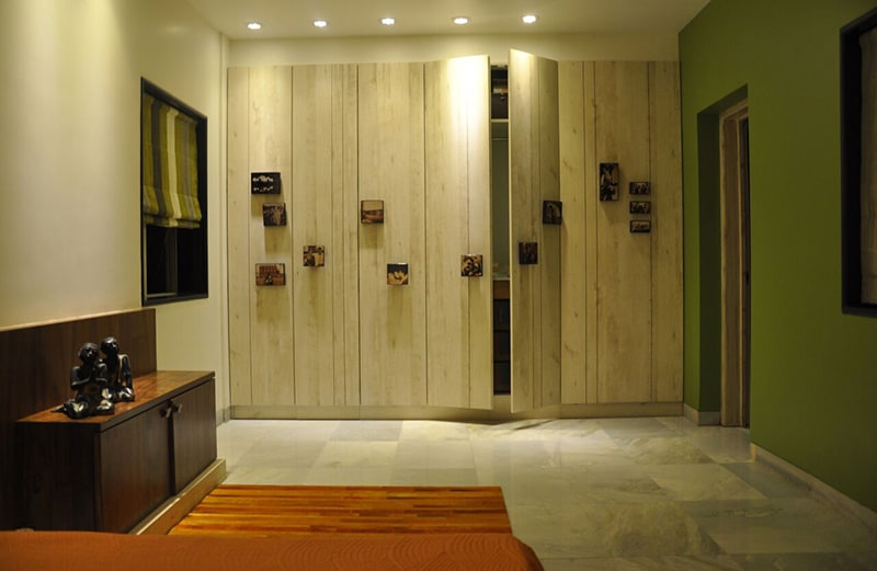 Bedroom With Earth Yellow Shaded Wardrobe by Chaitali D Parikh Contemporary | Interior Design Photos & Ideas
