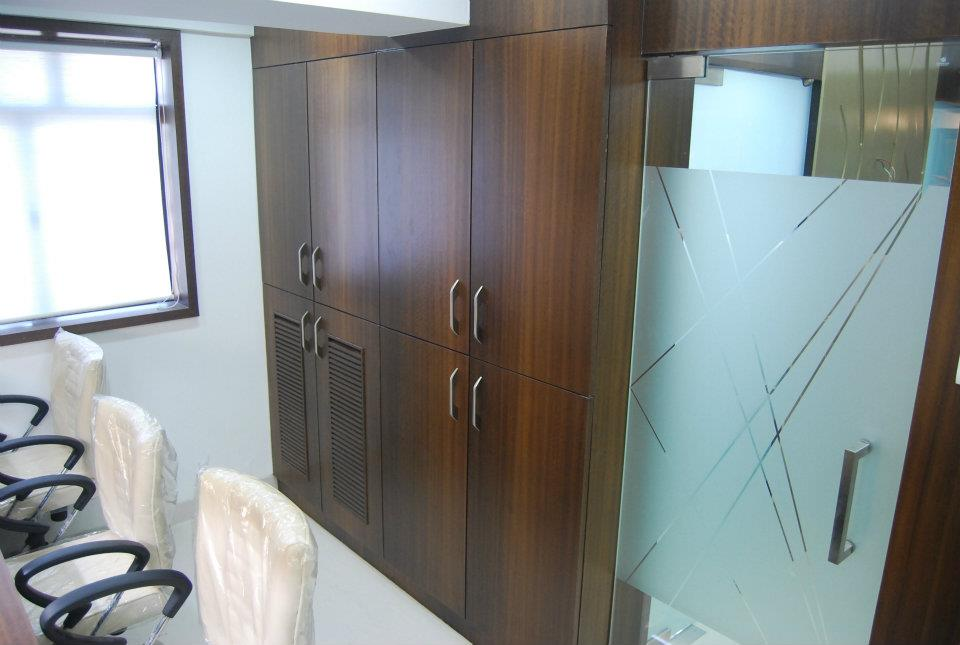 Wooden Finished Office Cabinets by Nilesh V. Gosavi Traditional | Interior Design Photos & Ideas