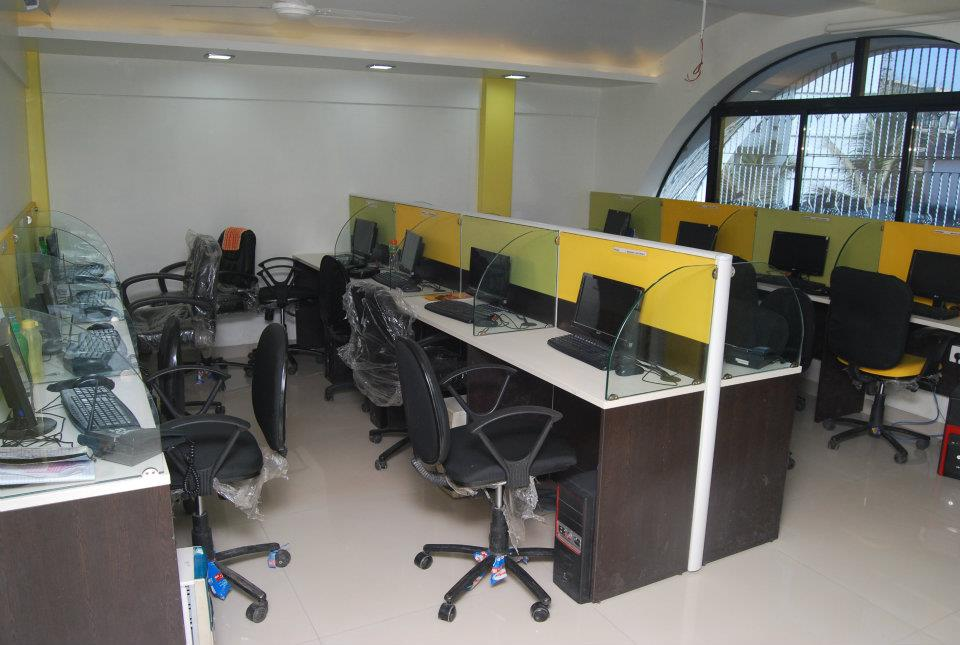 Modern Open Office Space by Nilesh V. Gosavi Modern | Interior Design Photos & Ideas