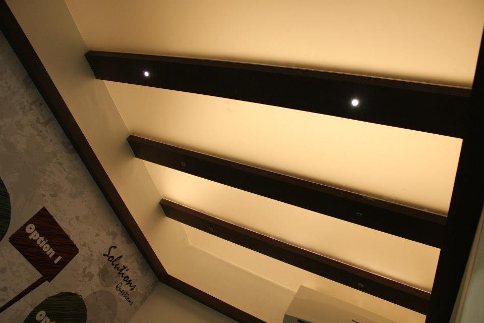 Modern Office False ceiling by Nilesh V. Gosavi Modern | Interior Design Photos & Ideas