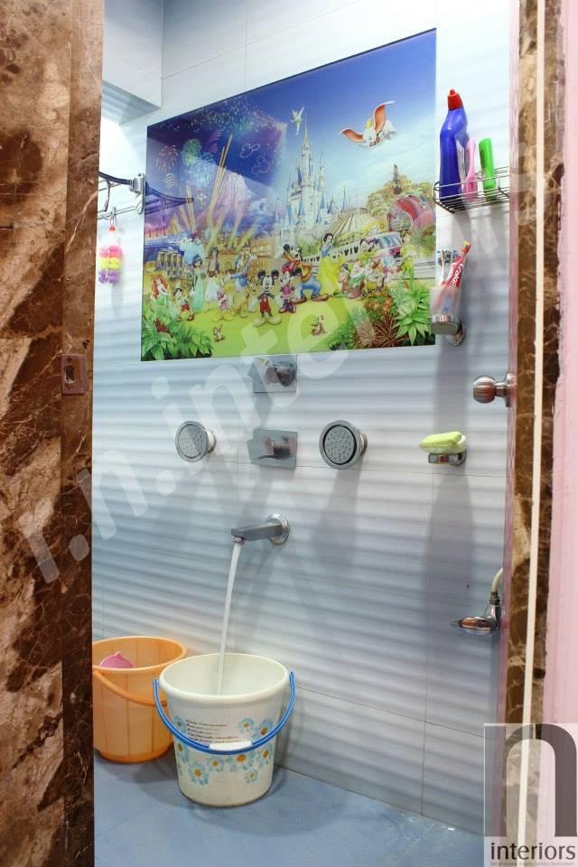 Pop bathroom Shower by Nilesh V. Gosavi Bathroom Modern | Interior Design Photos & Ideas