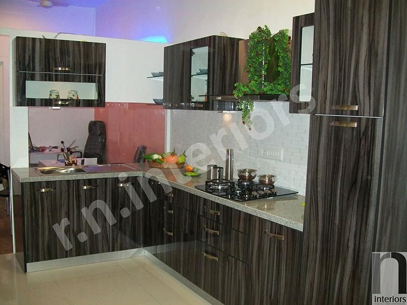 Modern L shaped Modular Kitchen by Nilesh V. Gosavi Modular-kitchen Modern | Interior Design Photos & Ideas