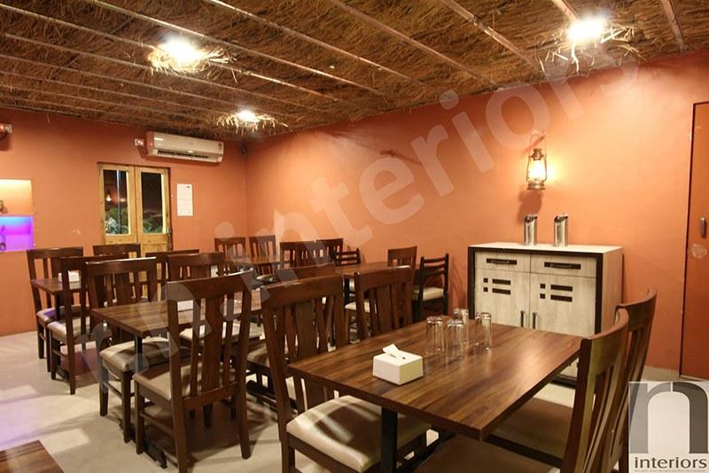 Traditional Restaurant Area by Nilesh V. Gosavi Traditional | Interior Design Photos & Ideas