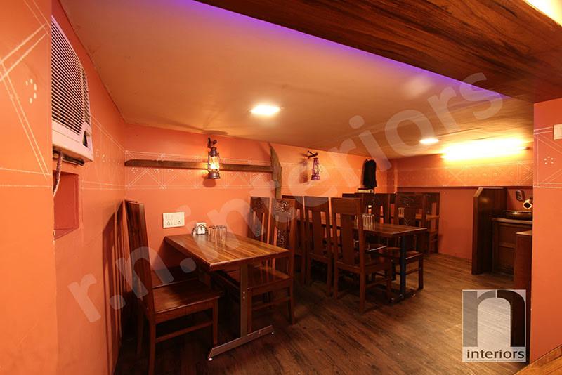 Traditional Fine DIne Restaurant by Nilesh V. Gosavi Traditional | Interior Design Photos & Ideas