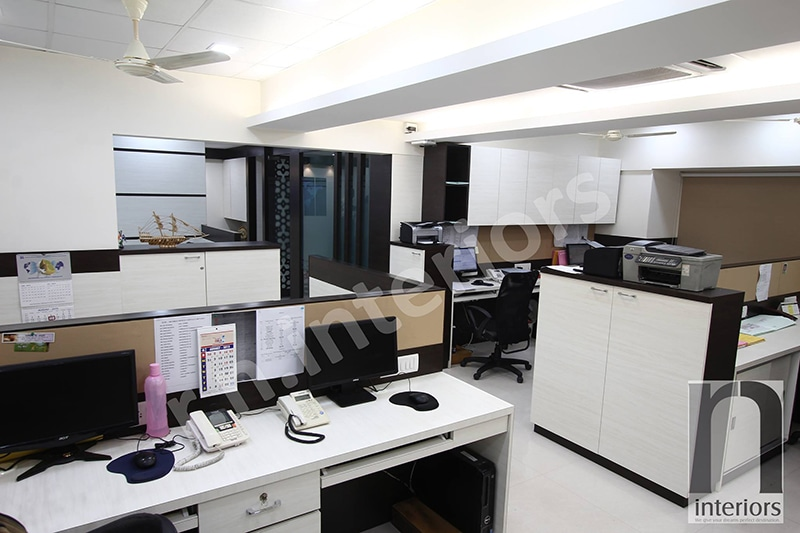 Modern Cellular OFfice Space by Nilesh V. Gosavi Modern | Interior Design Photos & Ideas