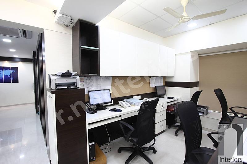 Modern Open Office Space by Nilesh V. Gosavi Modern   Interior Design Photos & Ideas