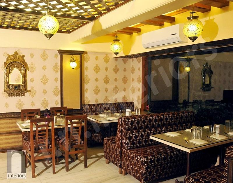 Contemporary Fine Dine Restaurant by Nilesh V. Gosavi Contemporary   Interior Design Photos & Ideas