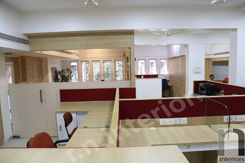 Modern Cellular office by Nilesh V. Gosavi Modern | Interior Design Photos & Ideas