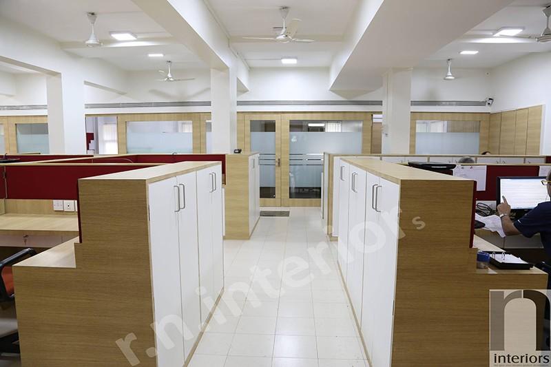 Modern office Space by Nilesh V. Gosavi | Interior Design Photos & Ideas