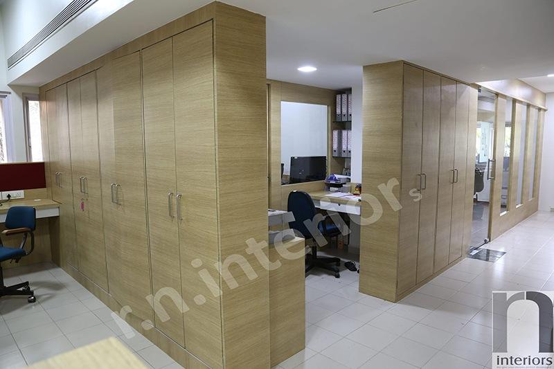 Modern Cellular office space by Nilesh V. Gosavi Modern | Interior Design Photos & Ideas