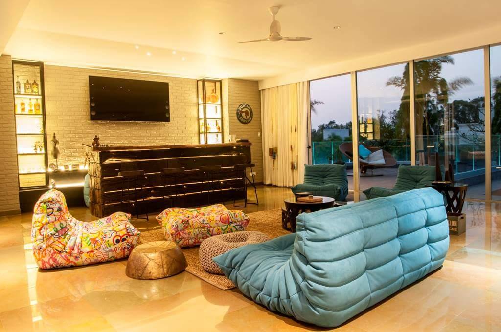 modular living room by Fehmida Memon  Modern | Interior Design Photos & Ideas