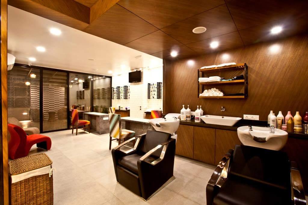 modern salon by Fehmida Memon  Modern | Interior Design Photos & Ideas