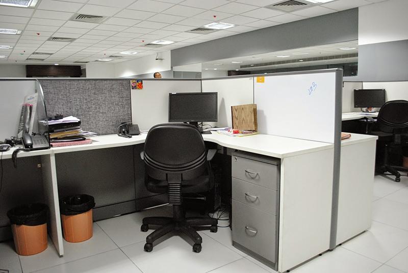The Formal Talk by D Venu Gopal Reddy Modern | Interior Design Photos & Ideas