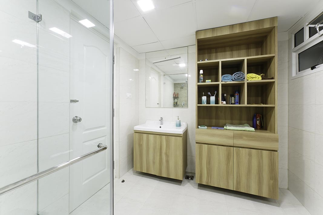 Modern Bathroom by Space-D Modern | Interior Design Photos & Ideas