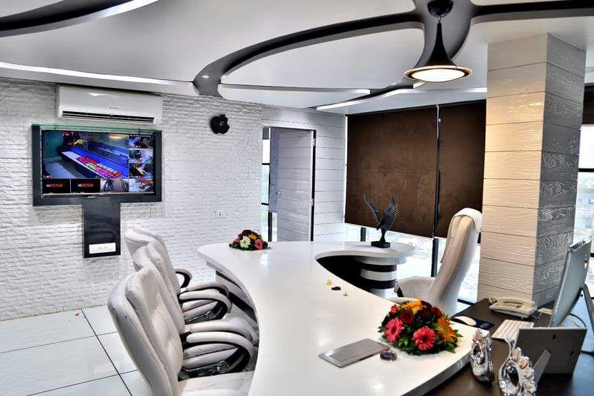 White Vision by infinity design studio Modern   Interior Design Photos & Ideas