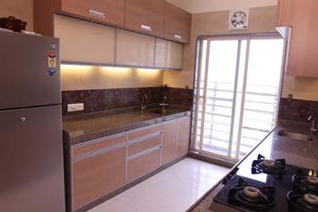 Modern Kitchen blast by Plus One Interiors Modern | Interior Design Photos & Ideas