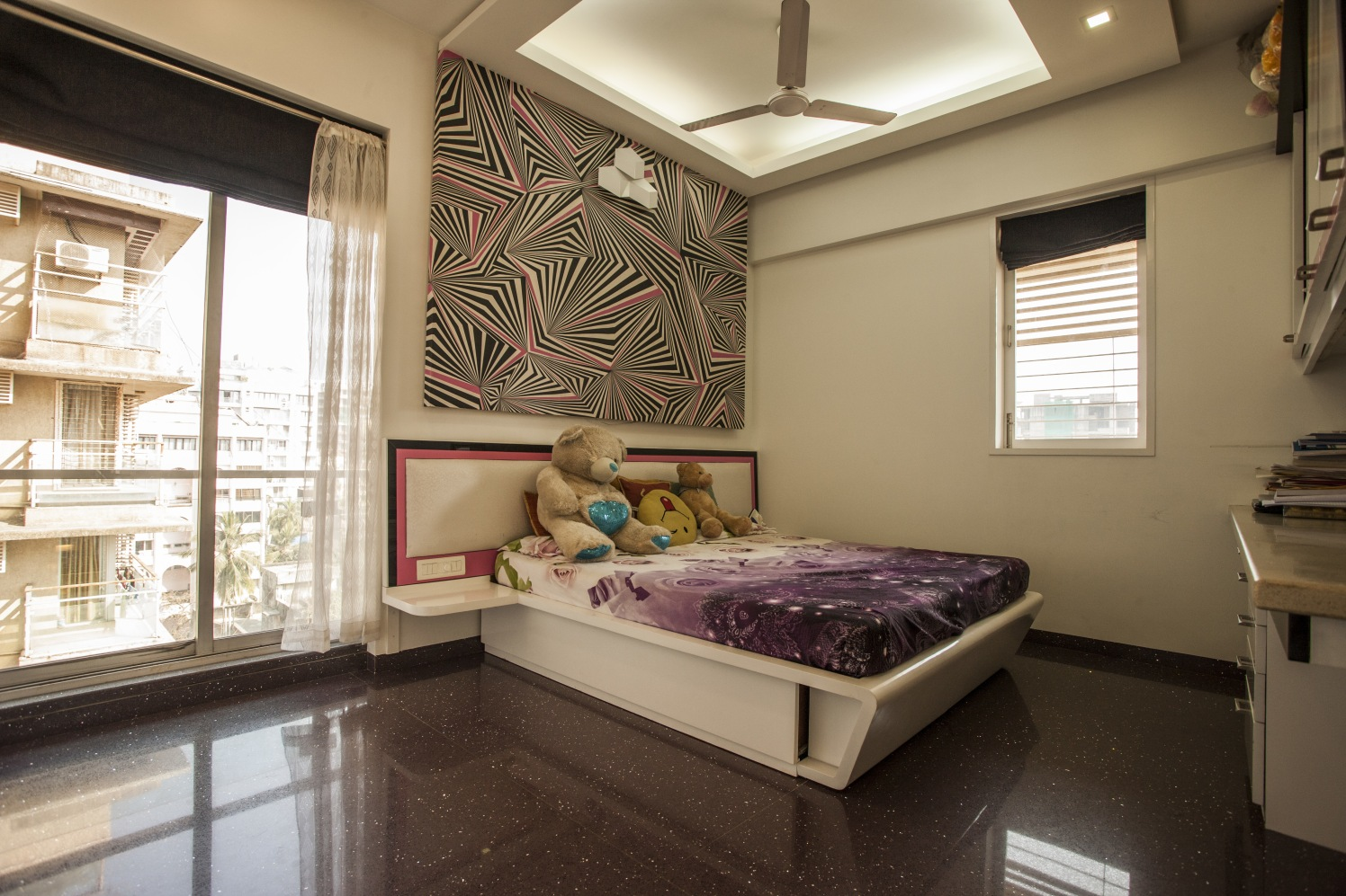 Glossy Marble by Plus One Interiors Bedroom Minimalistic | Interior Design Photos & Ideas