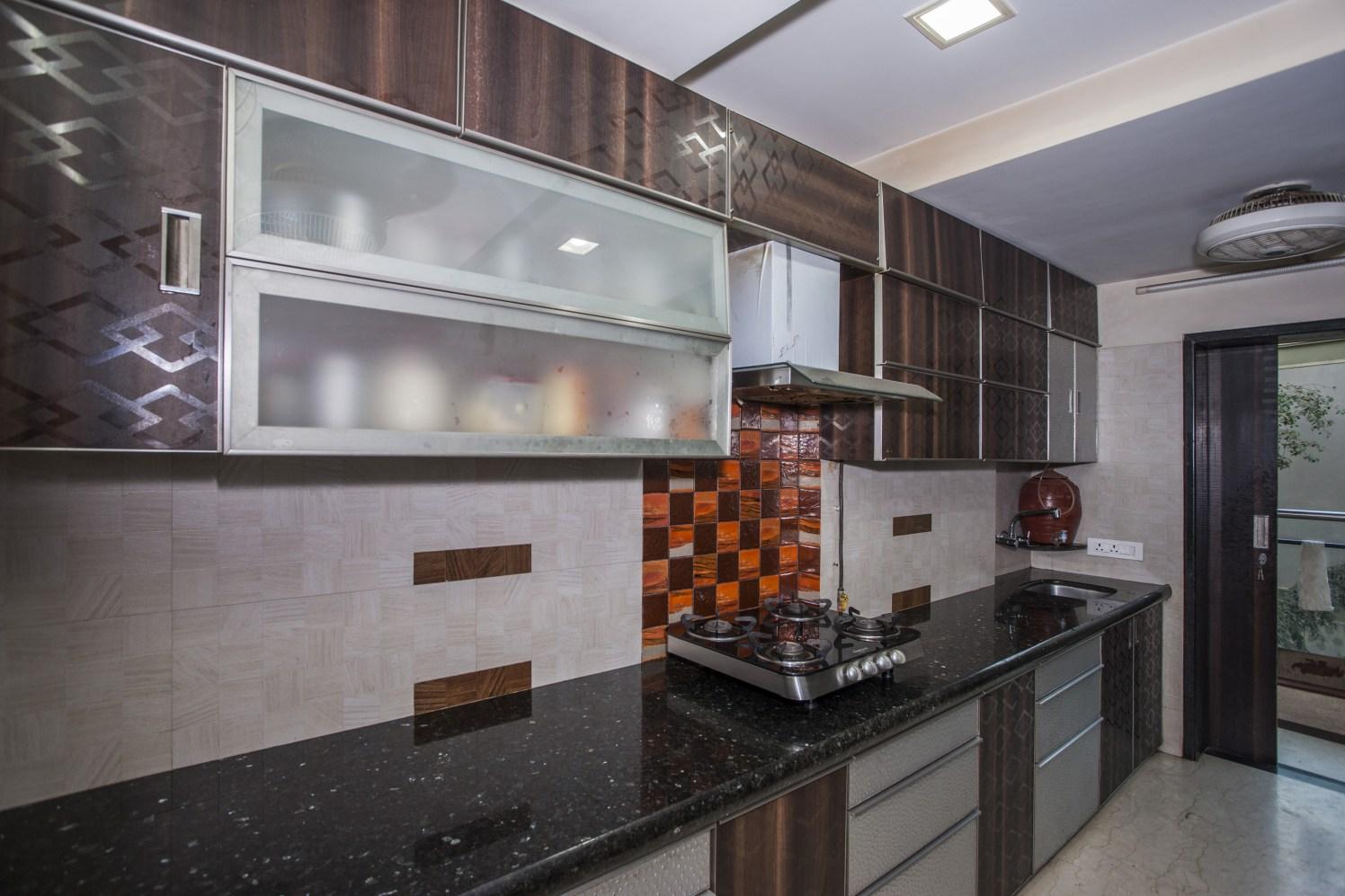 Kitchen Affair by Plus One Interiors Modular-kitchen Modern | Interior Design Photos & Ideas